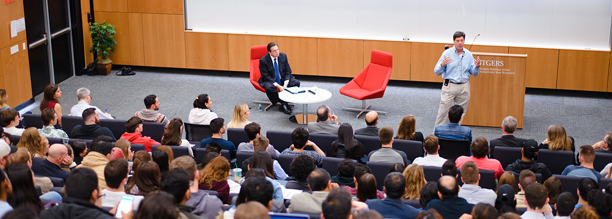 Steve Temares, CEO of Bed, Bath & Beyond, speaks with RBS students.